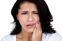 10 علت درد دندان که باید بدانید